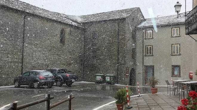 Neve a maggio a San Pellegrino in Alpe