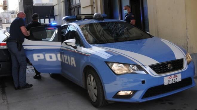 polizia volante Lucca questura