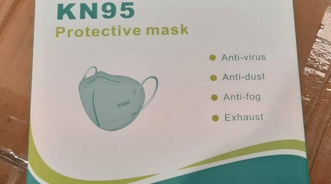Finanza Firenze sequestro mascherine contraffatte