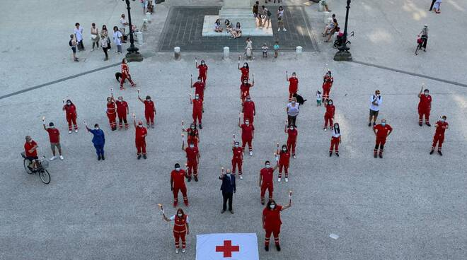 flash mob Croce Rossa