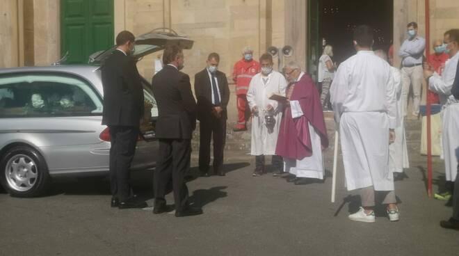 funerali Claudio Guerrieri Vorno