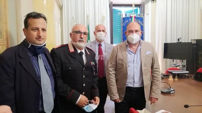 Il luogotente dei carabinieri e comnadante di stazione Stella va in pensione, il saluto di Pontedera