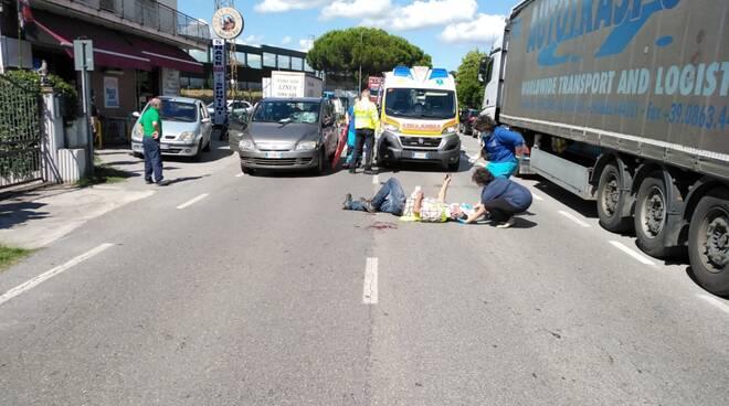 incidente via Bientina Altopascio polizia municipale