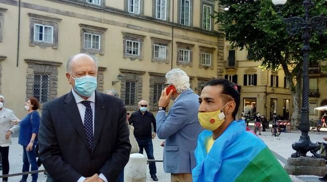 manifestazione contro il razzismo a Lucca