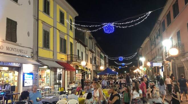 notti magiche altopascio area pedonale centro storico