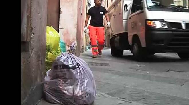 raccolta rifiuti porta a porta