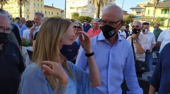 Giorgia Meloni Riccardo Zucconi Fratelli d'Italia Viareggio