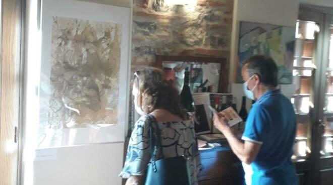 inaugurazione mostra d'arte azienda agricola Valle del Sole