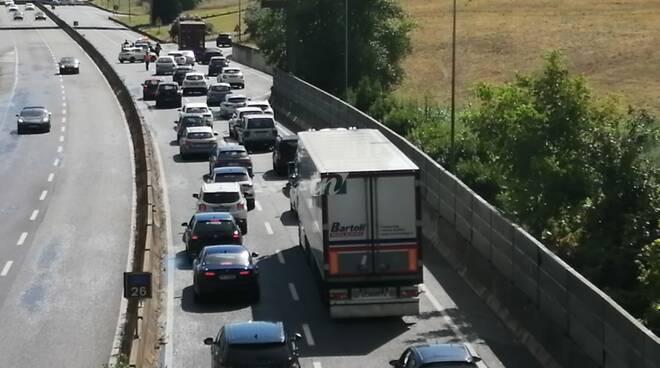 Incidente in Fipili tra camion e auto tra Pontedera e Ponsacco del 24 luglio 2020