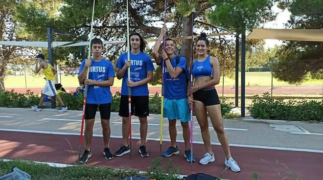 lancio del giavellotto Virtus Lucca squadra