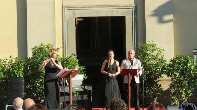 Misericordia presentazione libro crocifisso ligneo Gabriele Brunini Borgo a Mozzano
