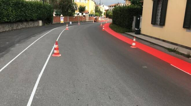 nuova pista ciclabile via Nottolini lavori quartieri social
