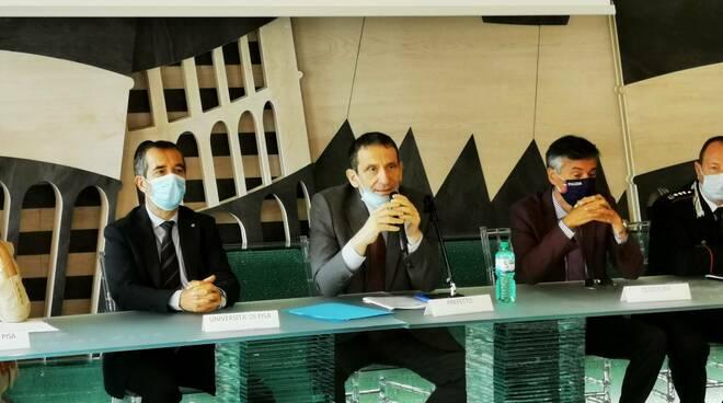 Protocollo contrasto abusivismo commerciale contraffazione prefettura pisa