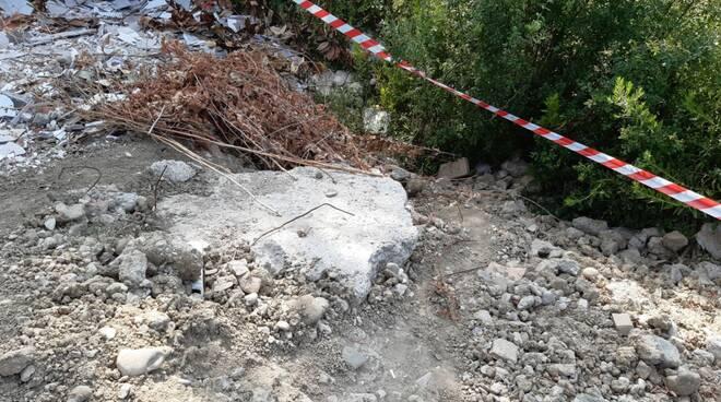 rifiuti pericolosi carabinieri Montespertoli