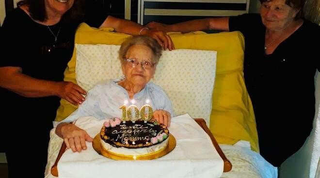 Rina Moretti di fucecchio compie 100 anni