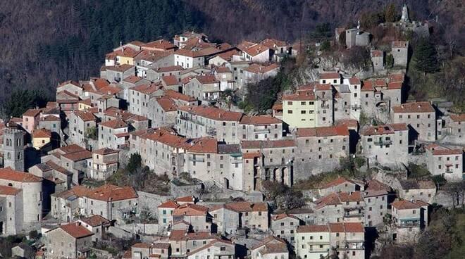 Sentiero degli Avi Montefegatesi Cai Pro Loco Bagni di Lucca Castelnuovo