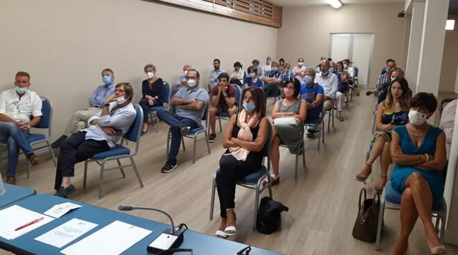 SiAmo Lucca incontro Susanna Ceccardi candidata centrodestra elezioni regionali