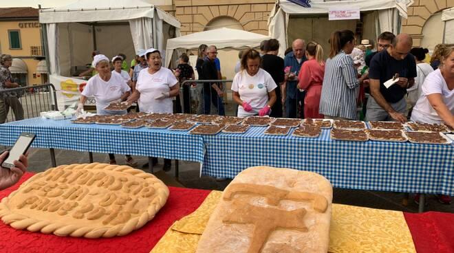 festa del pane Altopascio rinvio 2020