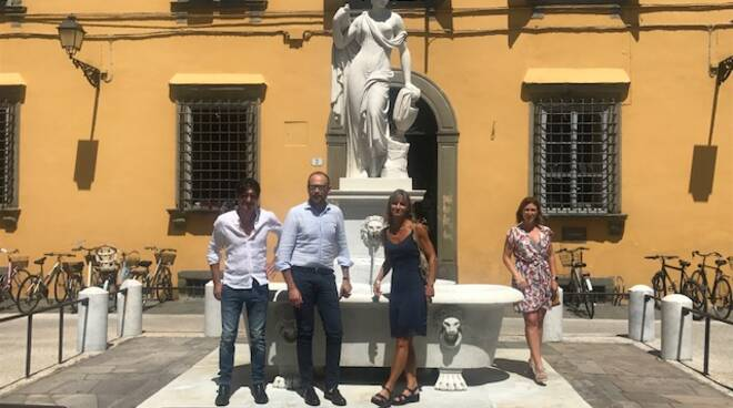 fontana Nottolini piazza del Salvatore restauro Gabriele Bove