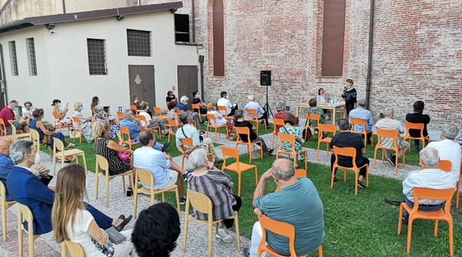 Francesca Fazzi presentazione capolista Pd Regionali 2020