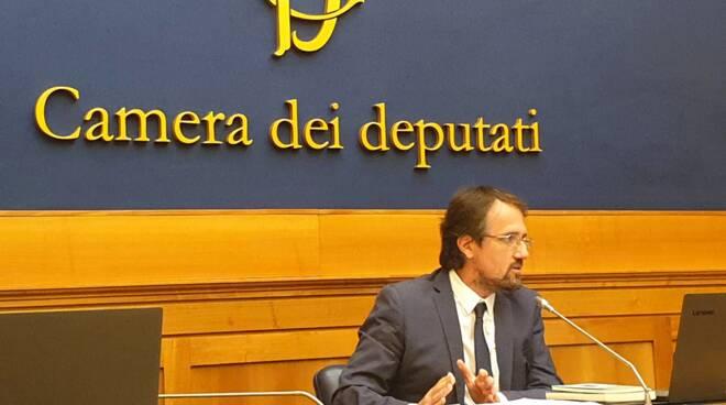 Luca Nannipieri al Real Collegio con Raffaello