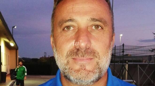 Alessandro Ferraro allenatore calcio polisportiva Stella Rossa Castelfranco di sotto
