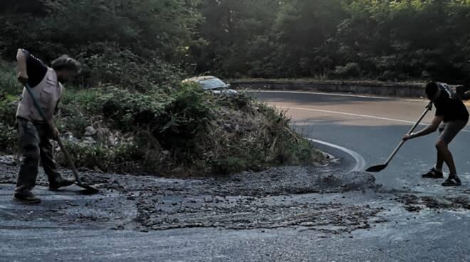 betoniera carico cemento perso Quiesa Massarosa