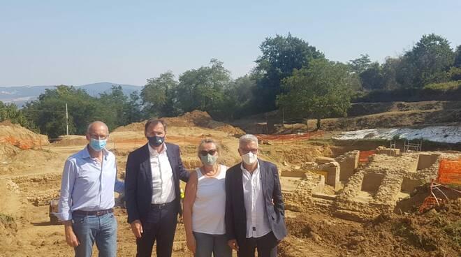 Francesco Boccia e Andrea Pieroni agli scavi dell'Anfiteatro romano Volterra