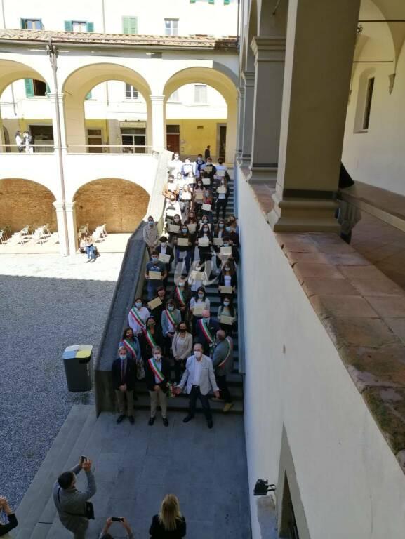 I sindaci del territorio premiano i ragazzi promossi con 100 che hanno frequentato le scuole di San Miniato