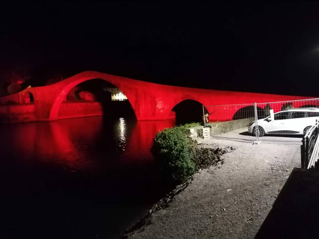 Ponte del Diavolo rosso
