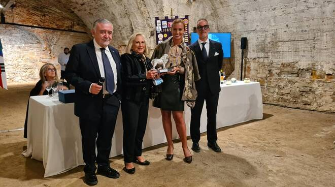 premiazione Beatrice Venezi Lions Club Lucca Le Mura
