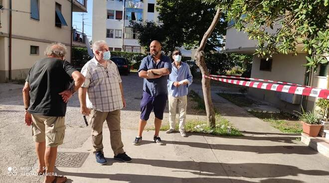 Roberto Balatri scala condominiale crollo Viareggio case Erp