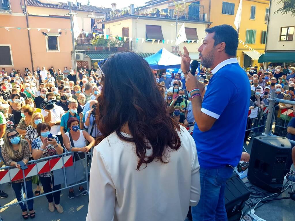 Salvini e Ceccardi comizio a Barga piazza Pascoli