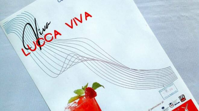 sconti negozi centro storico Viva Lucca Viva Confcommercio
