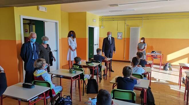 sindaco primo giorno di scuola Custer De' Nobili