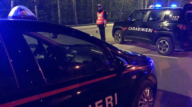 arresto carabinieri notte Viareggio
