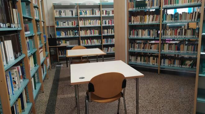 biblioteca comunale porcari