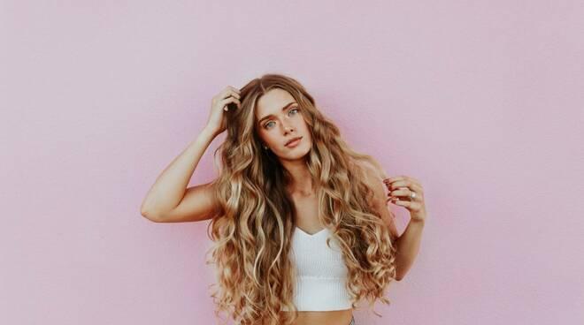 capelli ricci onde