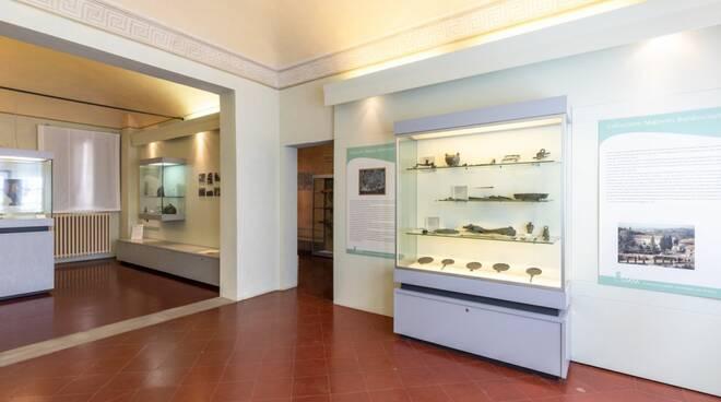 furto al museo di montopoli valdarno argenteria rubata
