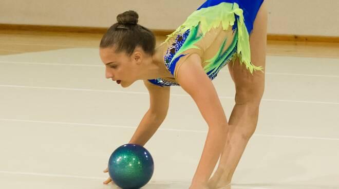 ginnastica ritmica Girasole esercizio palla