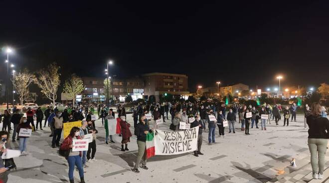 manifestazione contro il decreto Capannori