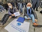 manifestazione #siamoaterra Confcommercio a Firenze