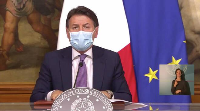 premier Giuseppe Conte decreto ristori