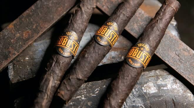 robusto sigaro manifatture Lucca