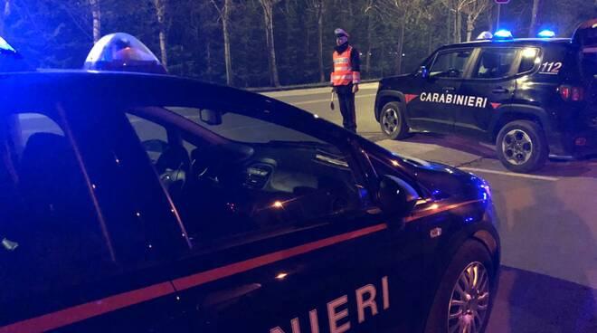 carabinieri notte Viareggio