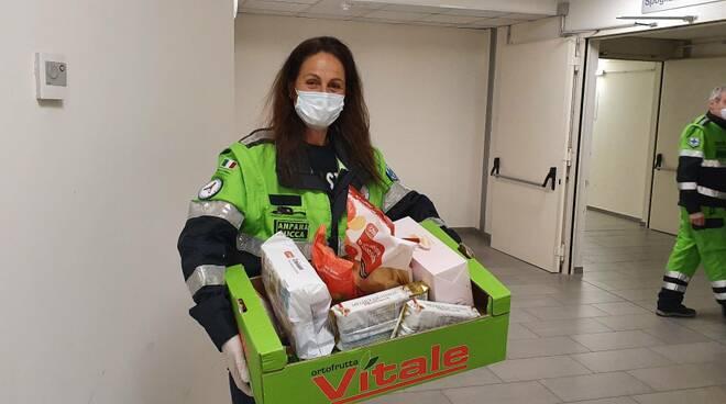 consegna cibo casa volontari Anpana