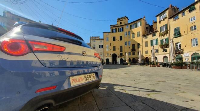 polizia di Lucca