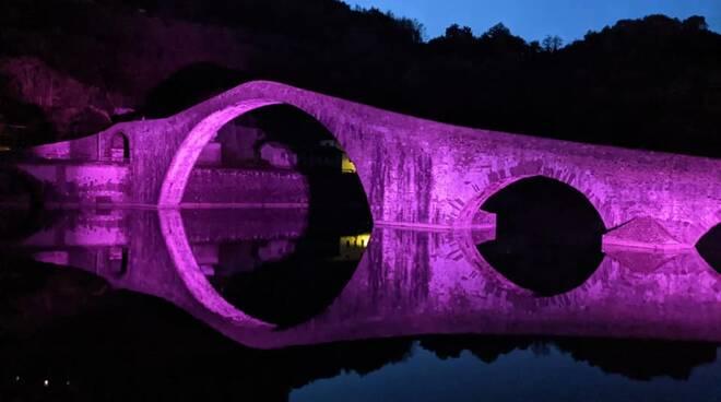 Ponte del Diavolo rosa
