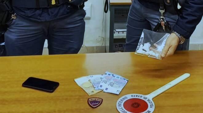 spaccio viareggio arresto polizia