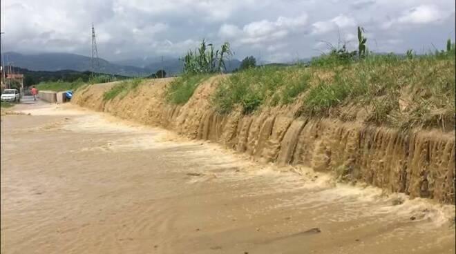 alluvione 17 giugno rio Leccio Porcari esondazione